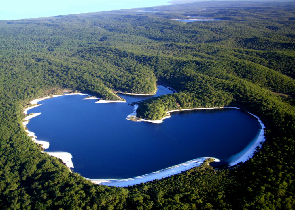 Lake McKenzie - Air Fraser Island